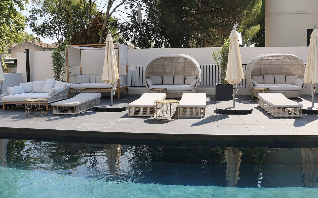 Spa hotel with pool in Provence