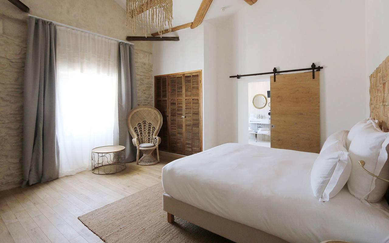 Chambre hippie dans un hôtel 5 étoiles en Provence