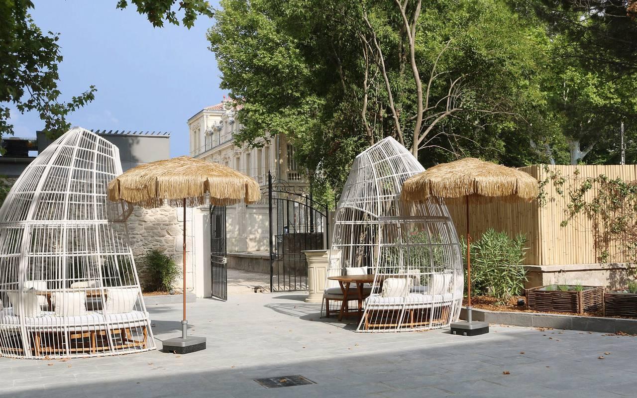 Parc de l'hotel de luxe Le Saint Rémy en Provence